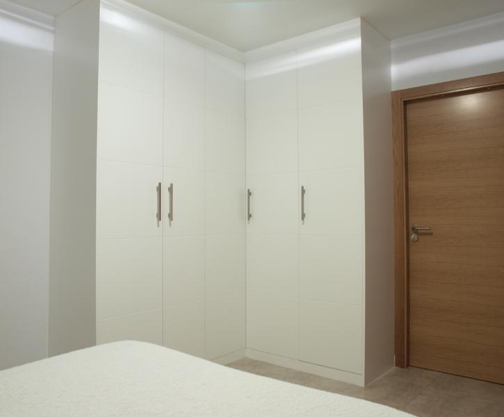 Casa de este alojamiento armario rinconero habitacion - Armario de habitacion ...