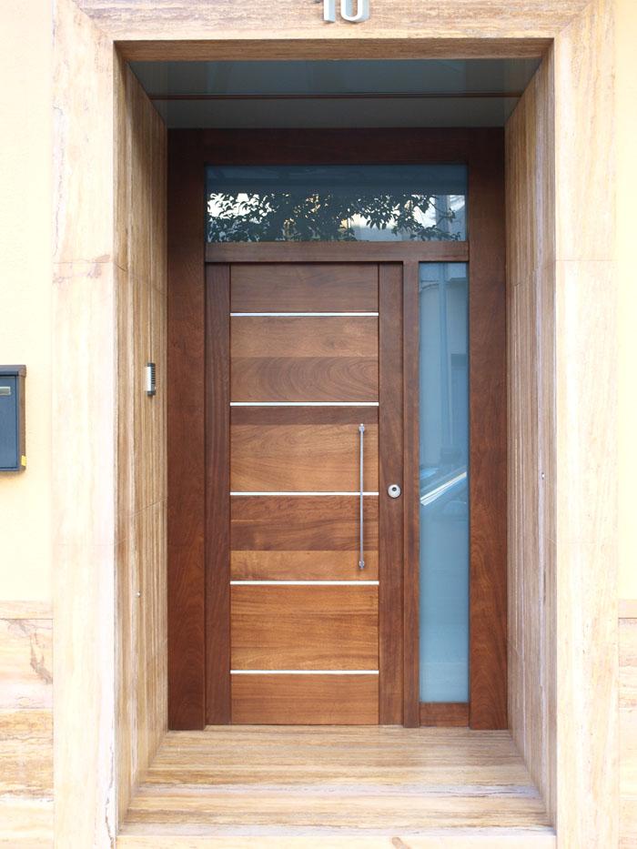 Fustabric cb muebles cocinas ba os parquet y puertas for Puertas metalicas modernas para exterior